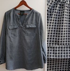 Cynthia Rowley | XL Navy & white blouse w pockets